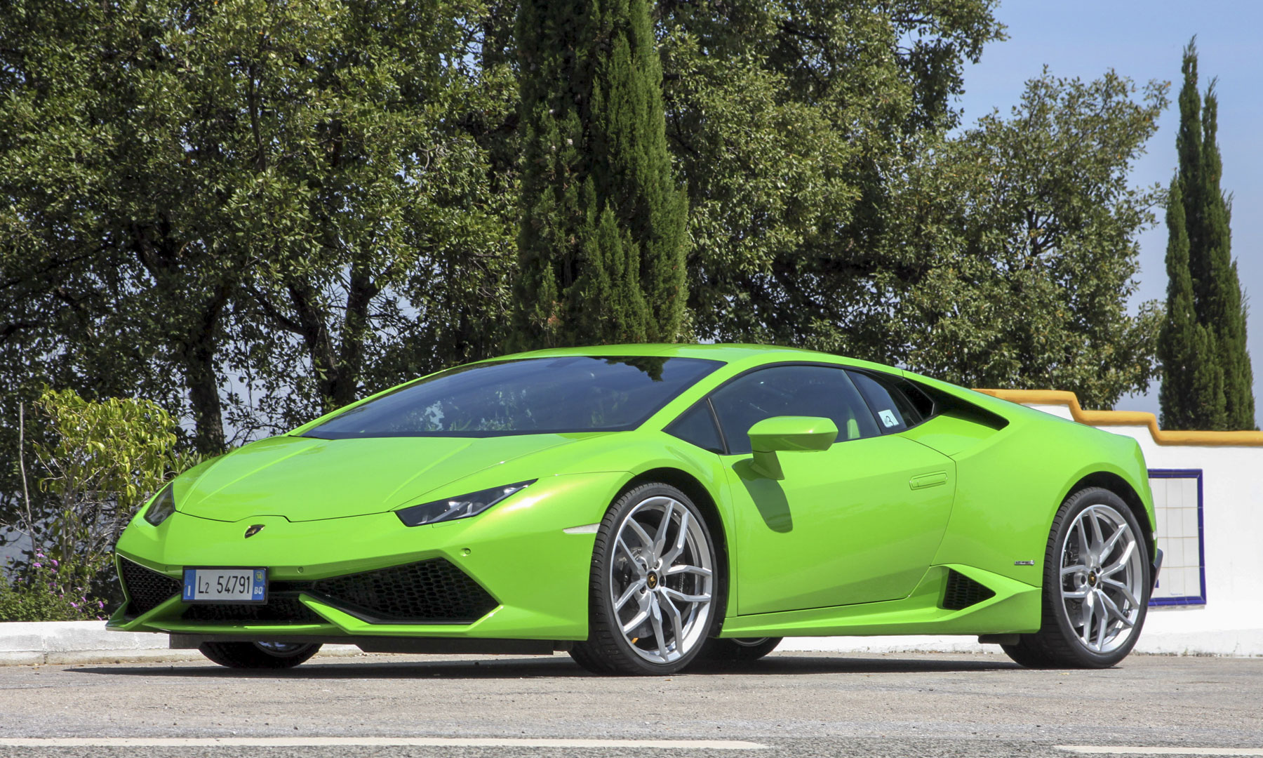 lamborghini huracan price and specs lamborghini huracan. Black Bedroom Furniture Sets. Home Design Ideas