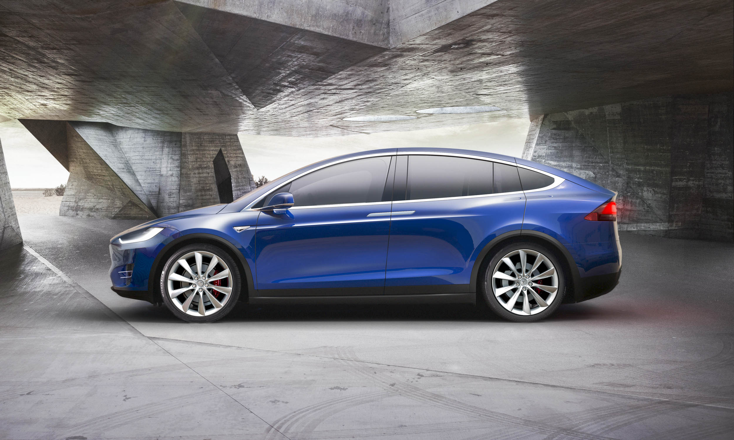 Tesla Model X First Look Automotive Content Experience