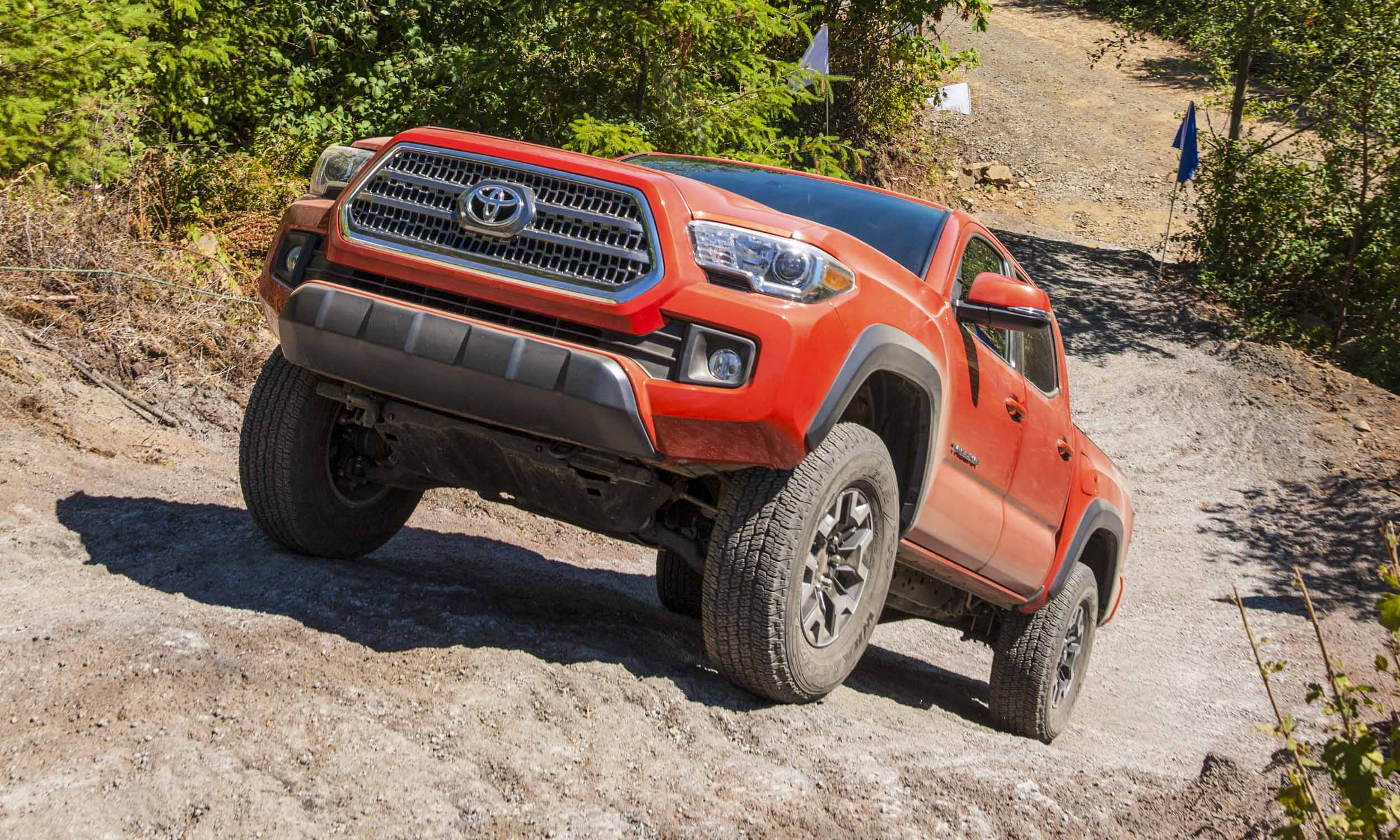 2016 toyota tacoma trd off road. Black Bedroom Furniture Sets. Home Design Ideas
