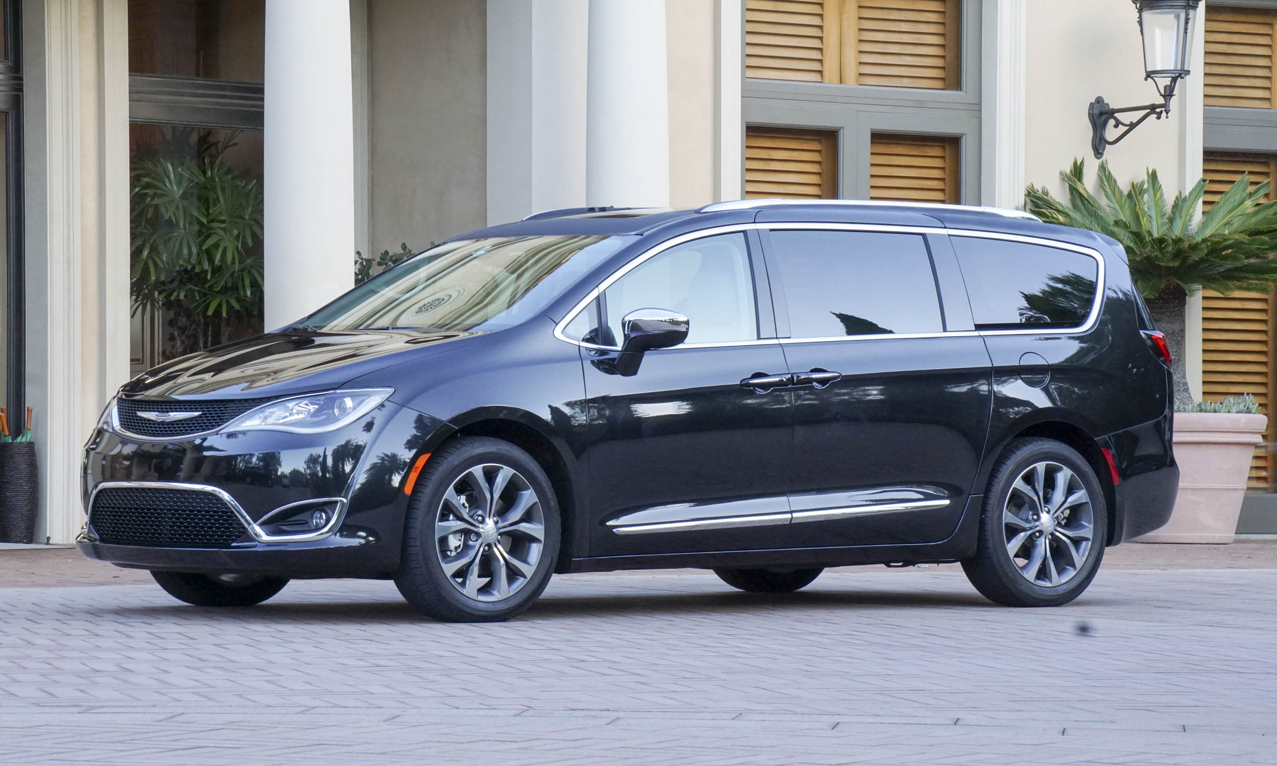 2017 Chrysler Pacifica First Drive Review Automotive