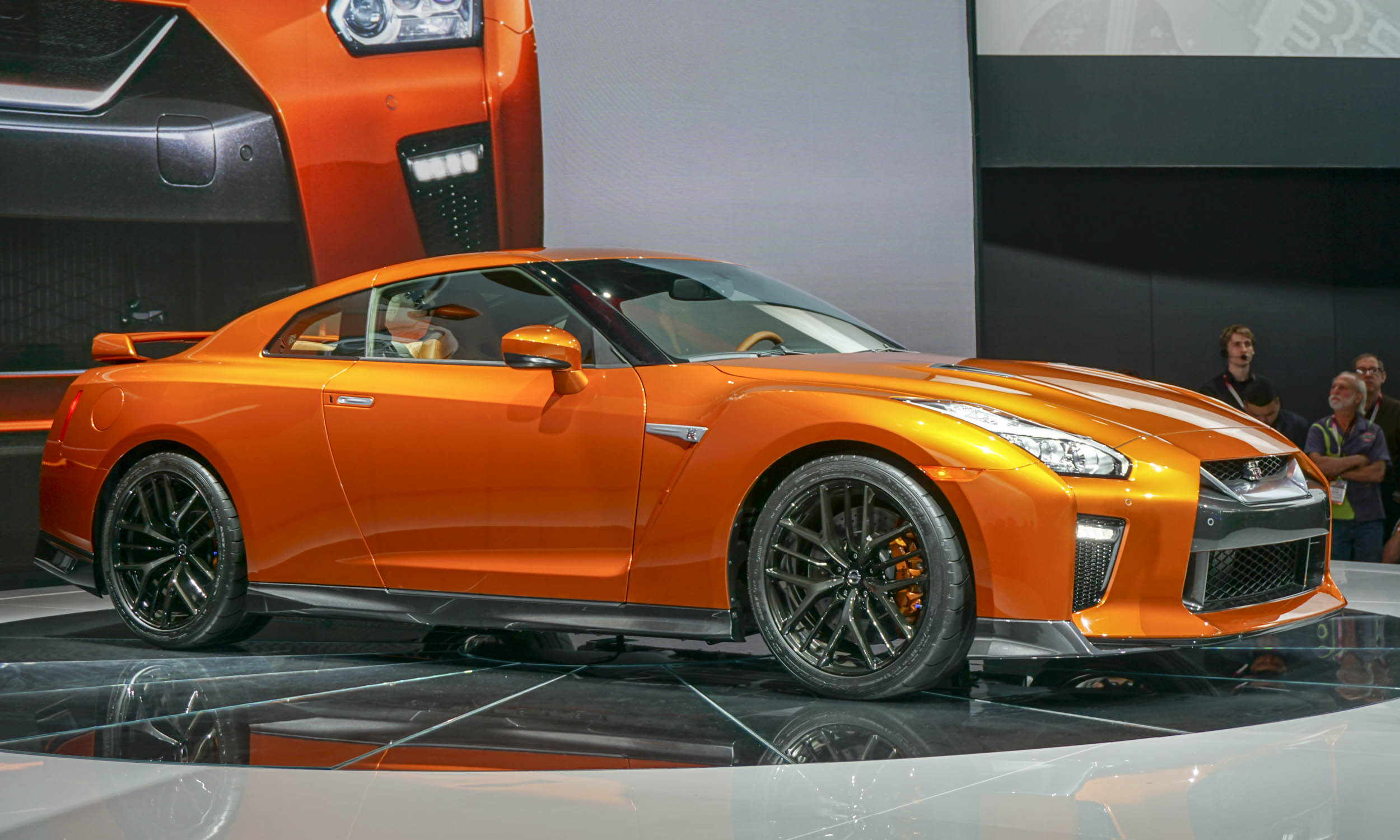 2016 New York Auto Show 2017 Nissan Gt R