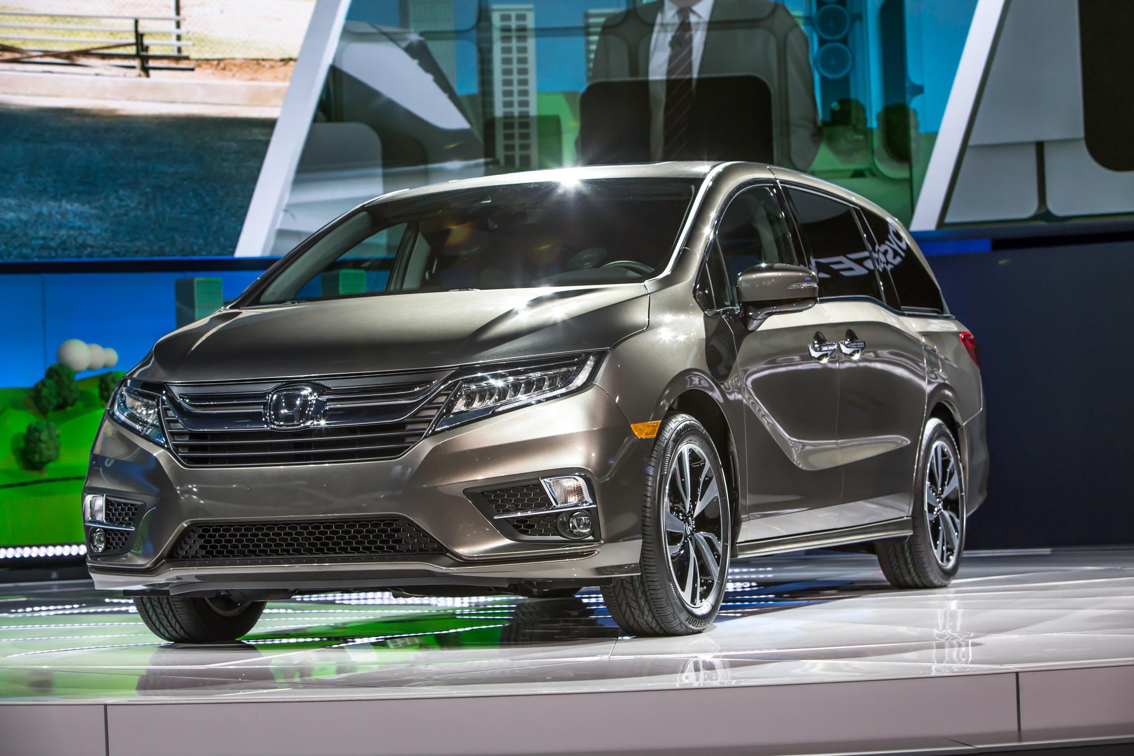 2017 auto show highlights autonxt for Detroit auto show honda odyssey